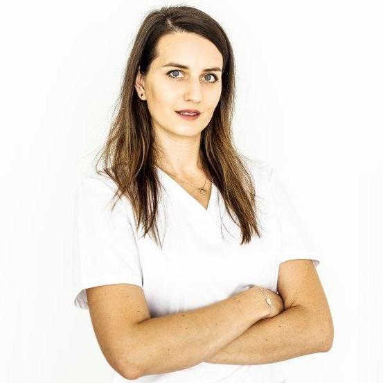 dr n. o zdr. Karolina Krawczak