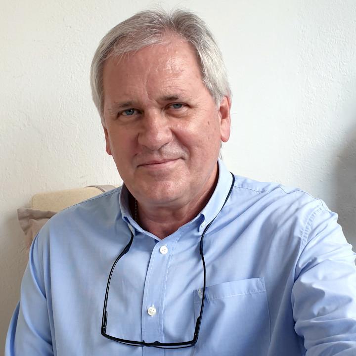 dr n. med. Sławomir Żarek